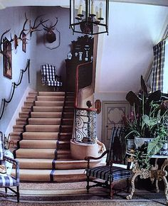 bucolic front hall in Jean-Loup Daraux's home in the Camargue - Veranda. Love the buffaloe plaid