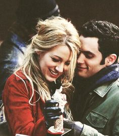 How cute a couple were Serena and dan in gossip girl i totally shipped them two