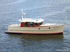 Motor Cruiser, Cruiser Boat, Cabin Cruiser, Trawler Yacht, Model Boat Plans, Classic Yachts, Classic Motors, Super Yachts, Motor Boats