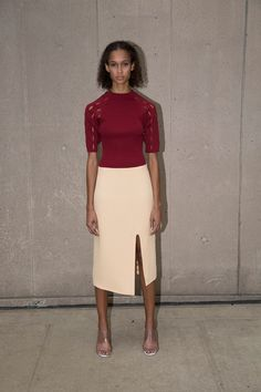 See the complete Nomia Spring 2017 Ready-to-Wear collection.