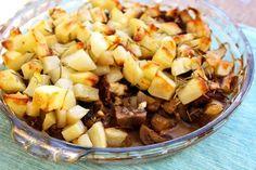 Crispy potato bake with mushrooms, bacon and feta Cubed Potatoes, Crispy Potatoes, Humble Potato, Recipe Using, Feta, Baking Recipes, Acai Bowl, Bacon, Stuffed Mushrooms