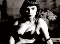 Final, Young actress mathilda may