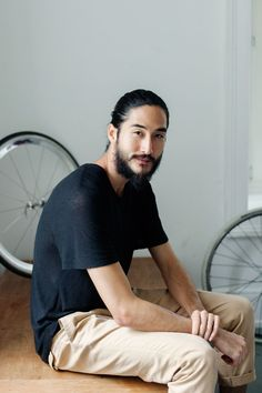 Portrait of Anthony Thornburg and his Eisendale bikes for The Ecoist