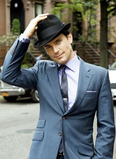 Sexy fictional character- Neal Caffrey (Matt Bomer) on White Collar played by sexy real Matt Bomer