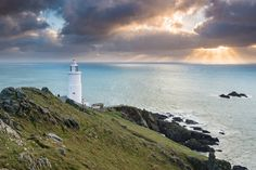 Crepuscular Rays at Start Point - Julian Baird