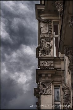 ul. Kościuszki  #Wroclaw #Breslau #Poland #architecture #tenement Mysterious, Townhouse, Mystery, Landscapes, Spaces, Architecture, City, Old Town, Poland