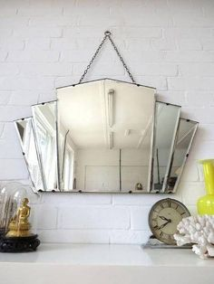 home dco Art Deco Bathroom Mirrors - Vintage Diamond Mirror. Perfect over an art deco vanity top, preferably in Carrara Marble. Art Deco is about luxury, right Casa Art Deco, Art Deco Decor, Art Deco Design, Decoration, Art Deco Style, Wall Decor, Art Deco Vanity, Art Deco Bathroom, Art Deco Mirror