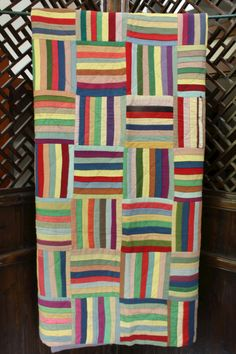 Log Cabin style Quilt - fabulous colors - likely 1960s