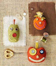 DIY Pincushion Patterns: Cute Pumpkin Pincushions