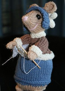 Ravelry: Dickensian Mice (Outdoor) pattern by Alan Dart Crochet Mouse, Crochet Art, Crochet Patterns, Knitted Teddy Bear, Marionette, Crochet Dragon, Christmas Knitting Patterns, Knitted Animals, Fabric Yarn