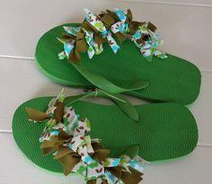 HANDCRAFTED Up-Cycled Fabrics Confetti FLIP-FLOPS Sandals Beach Girls Sz 2 #Handmade #FlipFlops #Beach