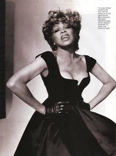 Tina Turner in Valentino gown- Elle magazine - August 1996 - 07