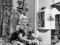 Groucho Marx and Carmen Miranda do a dance number for photographers. Carmen Miranda, Miranda Show, Groucho Marx, Hollywood Celebrities, In Hollywood, Samba, Music Articles, Dance Numbers, Scantily Clad