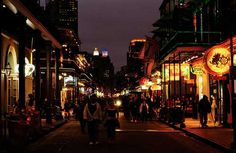 Bourbon Street, one of our 5 must-strut strolls in the States