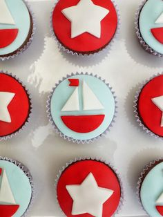 Peaceofcake ♥ Sweet Design Kid Cupcakes, How To Make Cupcakes, Fondant Cupcakes, Cupcake Cakes, Making Cupcakes, Ocean Party Decorations, Kids Party Themes, Nautical Mickey, Nautical Party