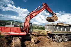 Komatsu Excavators - Pricing & Specs