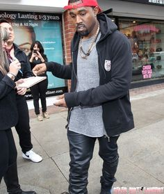 Kanye West Says He'd Trade Kim Kardashian for a Grammy! Rapper/Fashion Designer/Professional  Whiner Kayne is at again. #kanyeshut up
