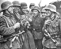 World War 2 German Wehrmacht, in Yugoslavia. Ww2 Pictures, Ww2 Photos, Historical Pictures, German Soldiers Ww2, German Army, 7th Infantry Division, Eastern Front Ww2, Germany Ww2, Prisoners Of War