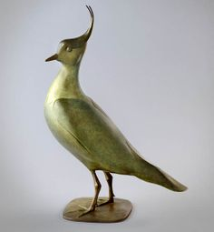 The delicate bronze sculpture represents the lapwing.This bird has always appealed to the artist both for its decorative plumage and its character. An edition of twelve.