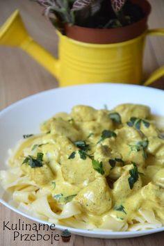 Kurczak curry w 15 minut to propozycja na szybki i pyszny obiad :) Idealny dla zapracowanych i zabieganych :) Danie równie dobrze smakuje podawane z ryżem zamiast makaronu :) Kurczak curry w 15 minut – Składniki: ok. 500g piersi z kurczaka 2 łyżki oleju rzepakowego lub oliwy z oliwek sól, pieprz do smaku 2 czubate […]