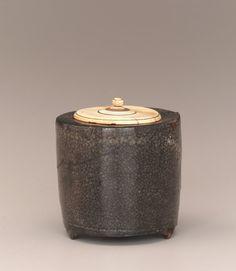 Incense burner | 1630-1660 Edo period | Stoneware with iron pigment under wood-ash glaze | Takeo, Japan 5.5 cm H x 5.9 cm W
