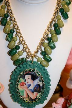 Snow White Necklace Vintage Green beaded Dangle necklace 2 tone green very pretty jade emerald rhinestone