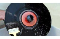 How to clean vinyl records efficiently, with very low cost