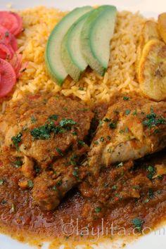Seco de pollo or Ecuadorian chicken stew recipe Gourmet Recipes, Mexican Food Recipes, Cooking Recipes, Healthy Recipes, Ethnic Recipes, Comida Latina, Stew Chicken Recipe, Chicken Recipes, Peruvian Chicken Stew Recipe