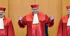 Vizepräsident des Bundesverfassungsgerichts, Prof. Ferdinand Kirchhof, hat nun Merkels Verbrechen offiziell gemacht! Es gibt derzeit so gut wie keinen Auftritt der Verbrecherin Merkel, bei dem ihre…