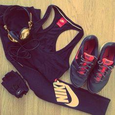 Atuendo deportivo para gym