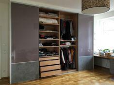 Kleiderschränke geplant nach ihren Vorgaben und Wünschen. #madeinffm Sauna Wellness, Relax, Closet, Home Decor, Made To Measure Furniture, Carpentry, Armoire, Decoration Home, Room Decor