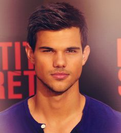 Taylor Lautner oh my Bad Boys, Pretty People, Beautiful People, Celebrities Then And Now, Taylor Lautner, Poses, Attractive Men, To My Future Husband, Sexy Men