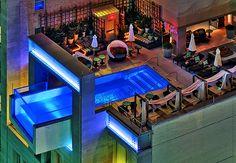 www.portobello.com.br/blog/seupost/guia-arquitetonico-piscinas-maravilhosas/  Fonte: revistacasaejardim.globo.com
