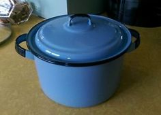 Vintage-Enamelware-Enamel-Stock-Pot-French-Blue-Unusual