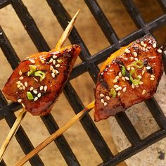 A Korean-style marinade of Korean pepper paste, honey and soy sauce gives rich flavor to chunks of boneless pork chops. Cook these single-bite skewers on the backyard grill or indoors on a stove top grill pan, countertop grill or panini grill.