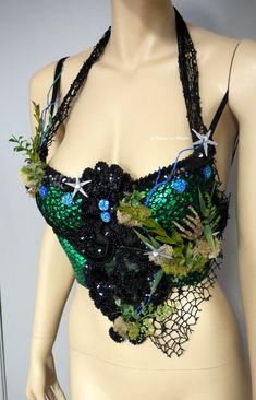 Dark Green Scale Siren Mermaid Bra Cosplay Dance Costume Rave Bra Rave Wear Halloween Burlesque Show Girl from L'Amour Le Allure Sea Witch Costume, Sea Creature Costume, Siren Costume, Goddess Costume, Dark Mermaid, Siren Mermaid, Mermaid Bra, Mermaid Outfit, Mermaid Shell Top