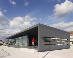 Maritime Station Vilanova de Arousa / 2C Arquitectos
