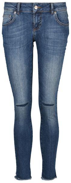 Jeans von der dänischen Designerin und Bloggerin Anine Bing bei REYERlooks.com