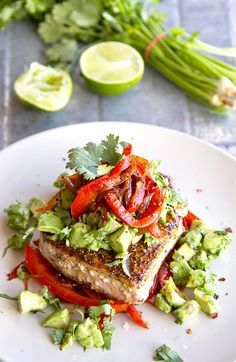 Mexican Tuna Steaks With Warm Peppers & Avocado Salsa (Paleo, Gluten-free, Low-Carb). If you're looking healthy tuna steak recipes, this is a must-try dish. Whole30 Fish Recipes, Best Paleo Recipes, Diet Recipes, Recipes Dinner, Tuna Steak Recipes, Seafood Recipes, Mexican Food Recipes, Grilled Recipes, Turkey Recipes