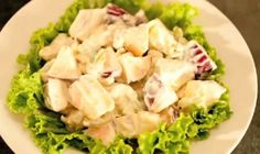 The Waldorf Salad specialty consists of raw apples, celery, grapes and walnuts, dressed in mayonnaise Waldorf Salad, Best Salad Recipes, Meat Lovers, Filipino Recipes, Mayonnaise, Soup And Salad, Food Preparation, Celery, Potato Salad