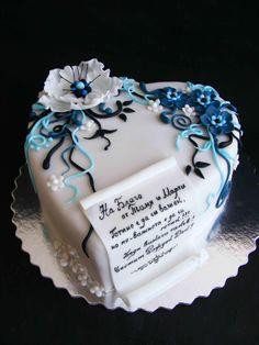 Anniversary cake idea minus the letter Cupcakes, Cupcake Cakes, Pretty Cakes, Beautiful Cakes, Bolo Fondant, Wedding Anniversary Cakes, Heart Cakes, Gateaux Cake, Valentine Cake