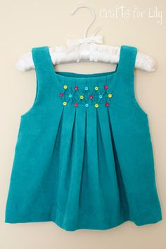 October: sew it and show it! - Crafty Sewing Mamas! - Honeycomb smocking with button detail.
