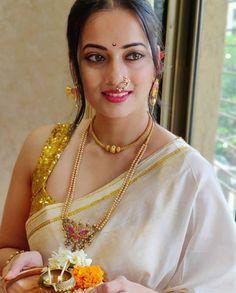 Beautiful Girl Indian, Most Beautiful Indian Actress, Beautiful Saree, Gorgeous Women, Indiana, Glam Photoshoot, Fancy Sarees, Indian Beauty Saree, Cute Beauty