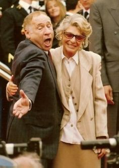 Mel Brooks and Anne Bancroft at the Cannes Film Festival, 1991 Anne Bancroft, Celebrity List, Celebrity Couples, List Of Famous People, Perry Como, Actor Studio, Barbara Stanwyck, Famous Couples, Cannes Film Festival