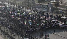 #Grozny : le rassemblement pour les valeurs #islam. a réuni plus d'un million de manifestants ... http://french.ruvr.ru/…/Grozny-le-rassemblement-pour-les-v…/ #intox: la #Tchetchenie dans sa totalité fait moins d' 1,5 M.... Comprenne qui pourra (et qui comptera)