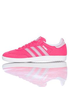 adidas Women's low top sneaker Lace closure Padded tongue with adidas logo  adidas logo on heel