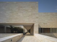 Liangzhu Museum China by David Chipperfield - Wall cladding in Iranian travertine stone