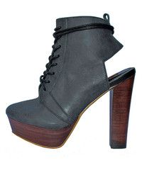 alira ankle boot