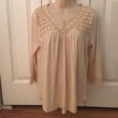 NWT Lucky brand top size M. Beige color NWT Lucky brand top size M. Beige color.cute! Lucky Brand Tops Crop Tops