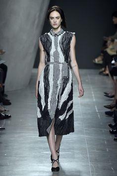 Bottega Veneta, P-E 15 - L'officiel de la mode